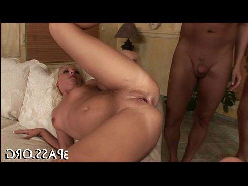 ролик сисястые зрелые женщины