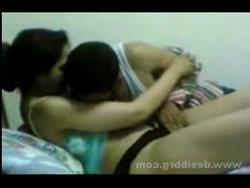 проститутку трахают рот