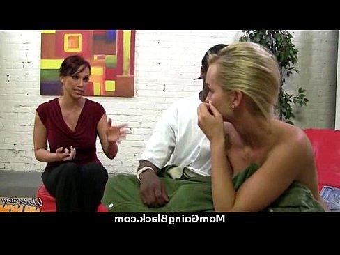 смотреть бесплатно порно женщины с хуями