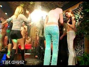 русскую жену ебем вдвоем по пьяни