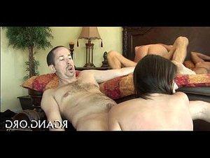 порно зрелых женщин кончают в нее