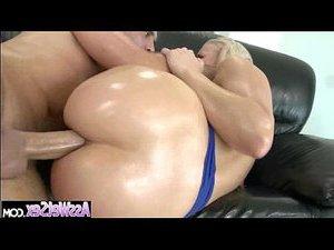 струйный оргазм женщин с большими жопами